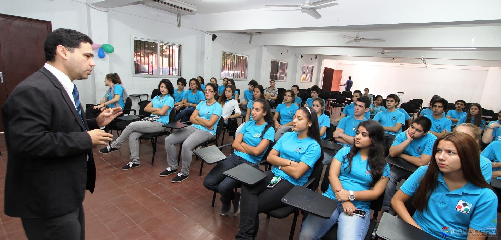 Mañana hay clases en Paraguay